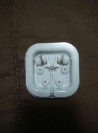 Auriculares con 2 almohadillas de recambio