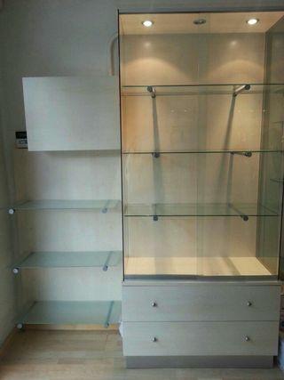Muebles estantería exposición negocio