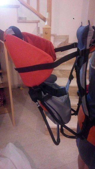 Vendo mochila portabebe de espalda