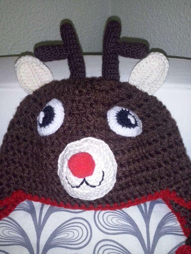 04fe32eb467aa ... crochet reno  Gorro bebe