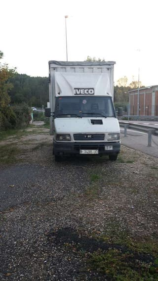 Camion iveco daly