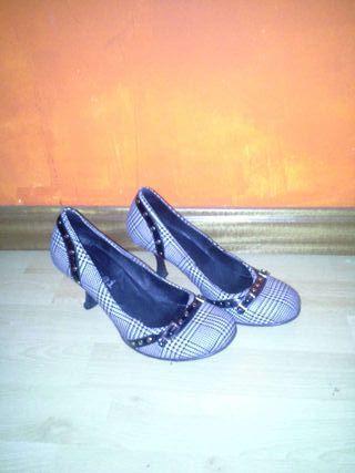 Zapatos muy cómodos y coquetos