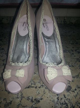 Zapatos peeptoo