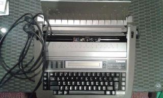 Måquina de escribir electrica Panasonic