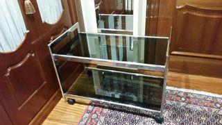 Impecable mesa auxiliar vintage