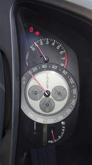 LexuS IS200 Premium 4p.155cv. 6 cilindros.