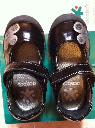 Zapatillas niña N21