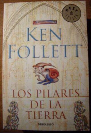 """Libro """"Los pilares de la tierra"""""""