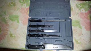 Maleta +4 Cuchillos + 1 Afiladora de cuchillos Usada