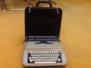 Maquina De Escribir Elsa 1025.