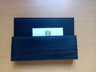 Portatarjetas original de Loewe