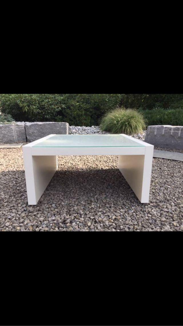 Mesa con cristal de segunda mano por 60 en carril wallapop for Wallapop mesas