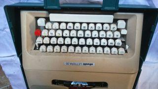 Màquina de escribir Olivetti Lettera.