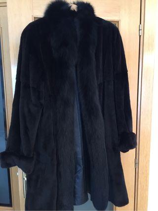 Abrigo Piel Negro Reversible