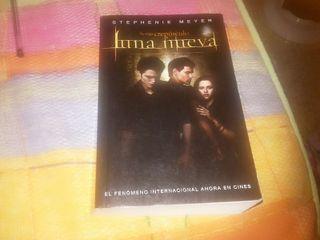 Libro Luna Nueva.