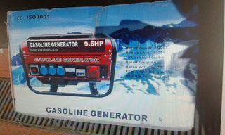 Generador de luz 5.500 W. Gasolina. Extrenar. 185 €