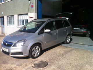 Opel Zafira 1.9 -120 Cv Como Nueva 6 Velocidades Automatica
