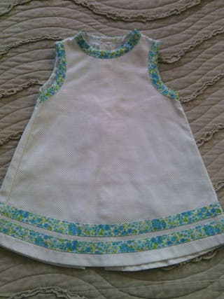 Vestido blanco de pique para bebe