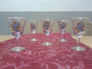 Vendo juego de 5 copas de cristal