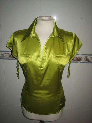 LAURA:Blusa verde brillante talla XL
