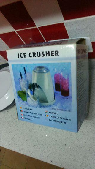 Maquina de picar hielo