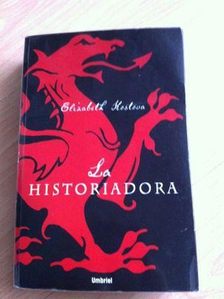 BESTSELLER Libro LA HISTORIADORA