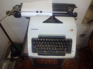 Máquina escribir.