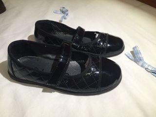 Zapatos Unisa niña