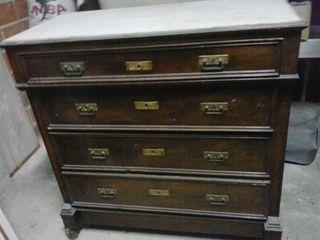 Magnífico lote de muebles antiguos