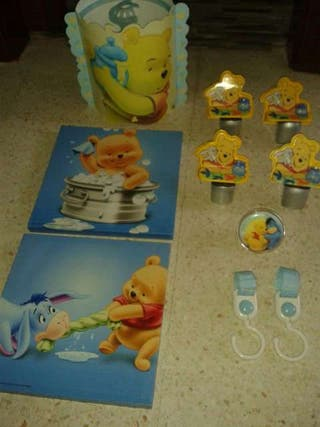 Lampara y soporte estanterias Winnie the Pooh