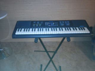 Piano electronico farfisa