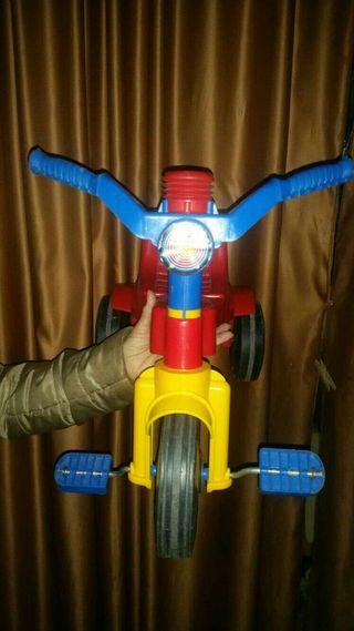 Triciclo para niños..