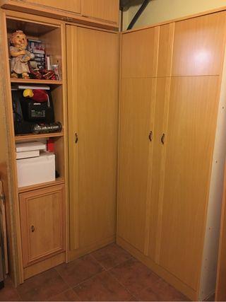 Armario cama y estanteria de segunda mano por 125 en for Wallapop armarios