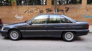 Opel Omega 2.6 gasolina