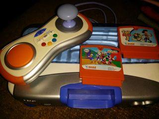 Consola vtech con dos juegos