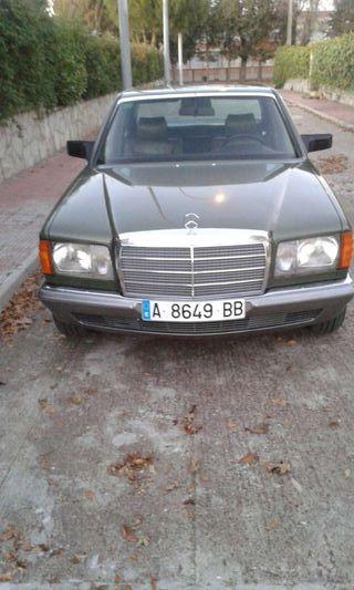 Coche Mercedes W 126 360 E . Automatico.