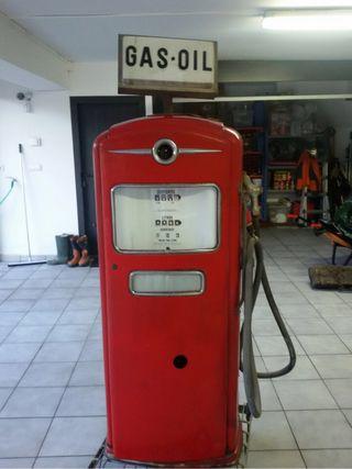 Surtidor De Gasolina Años 40