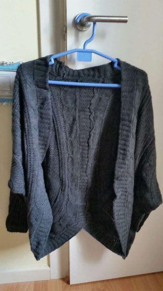 Poncho nuevo color gris
