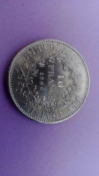 Moneda de 10 francos franceses de plata 1966