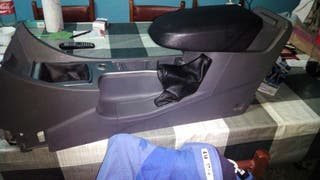 Consola central ford focus 2008