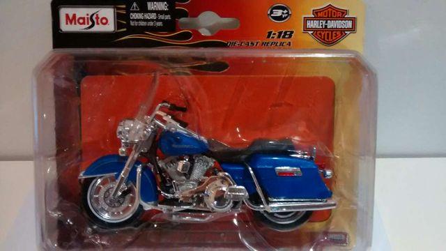 Harley Davidson 1/18