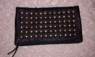 Bolso tachas negro