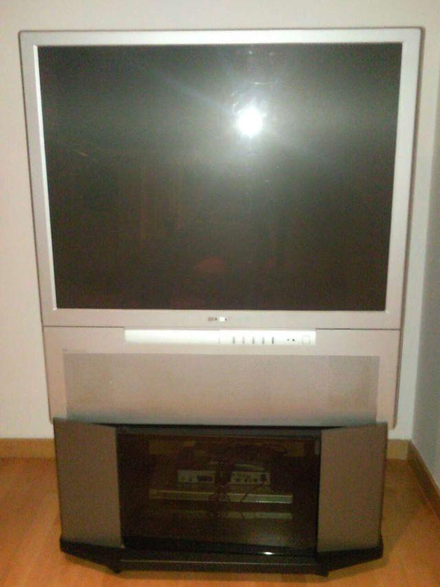 """TV Sony retroproyector 42"""" KP-41PX2"""