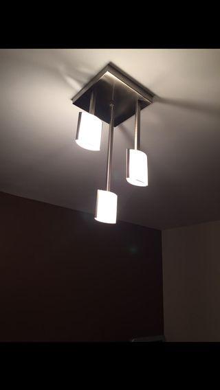 Lámpara techo + lámpara mesilla