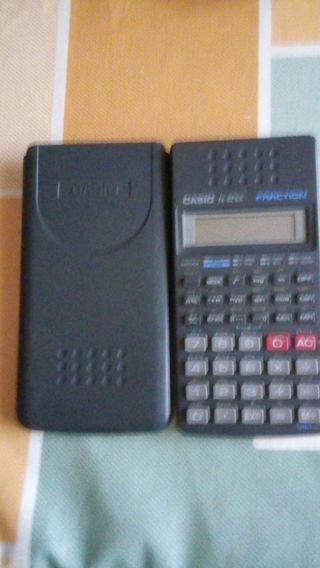 Calculadora cientifica Casio.