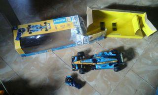 Coche teledirigido Renault de Fernando Alonso