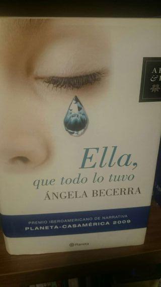 Libro de Ángela Becerra