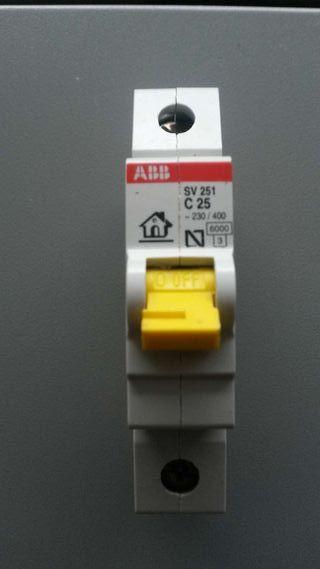 Magnetotérmico ABB 1x25A