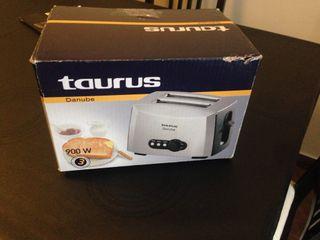 Tostador Taurus 900 W