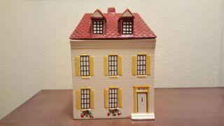 Caja casa de cerámica